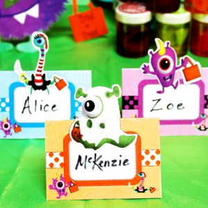 lil-monster-halloween-place-cards