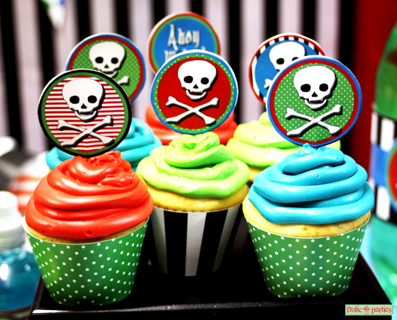 lil'-pirates-cupcake-wrappers-2