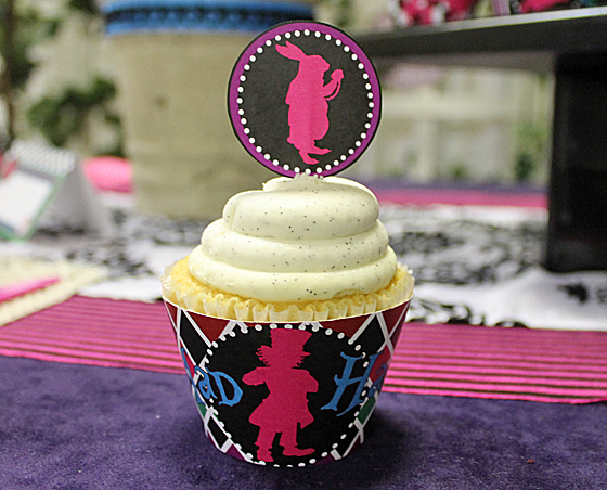 mad-hatter-cupcake-wrappers2