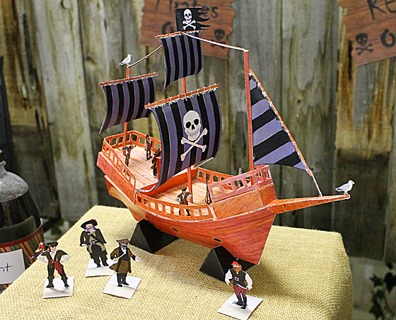pirate-centerpiece